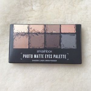 Smashbox matte eyeshadow pallet, brand new